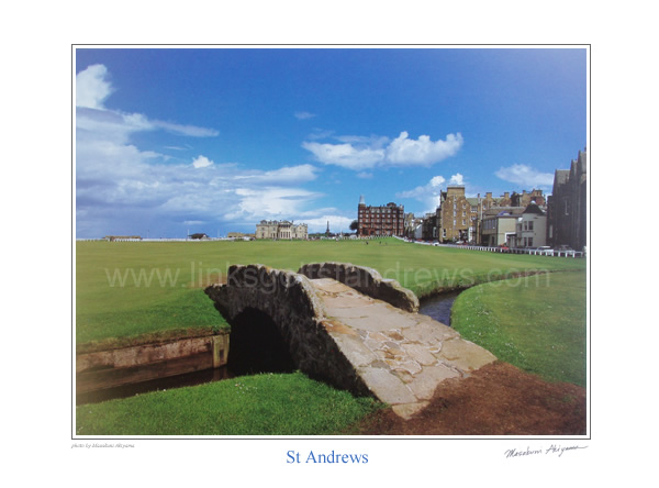 Swilken Bridge & 18th hole, Old Course St Andrews. by Masakuni Akiyama.